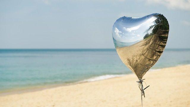 ハートの風船の画像